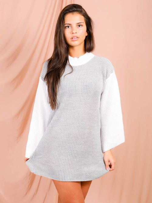 Kim Contrast Sleeve Knitted Jumper Dress In Grey