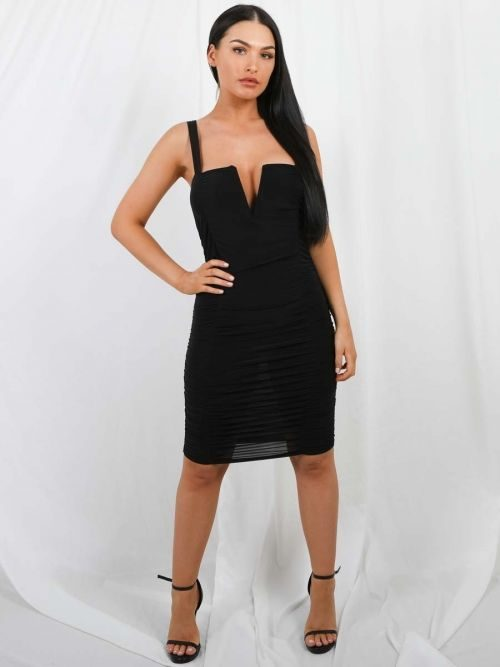 Louise V-Bar Slinky Ruched Dress In Black