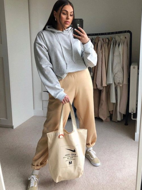 Barbara Oversized Fleeced Joggers In Stone