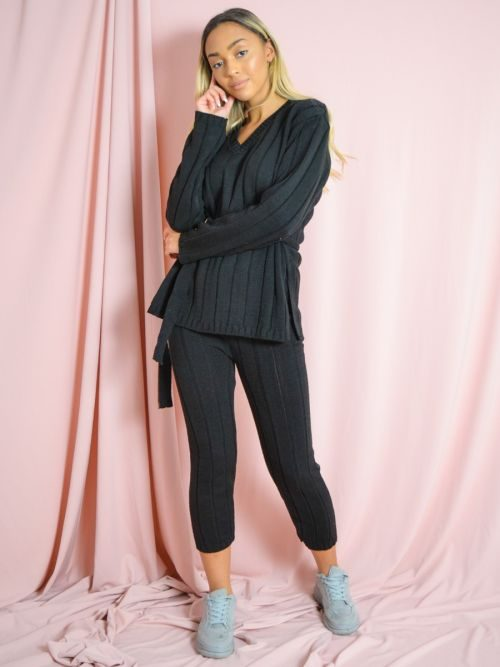 Sammie Ribbed Knitted Belted Loungewear Set In Black