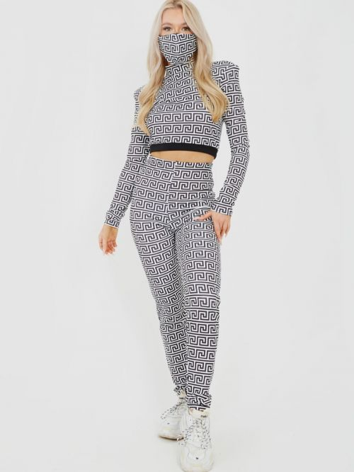 Ellesse Illusion Print Co-ord With Face Mask In White