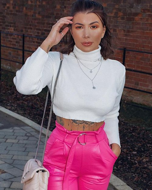 Karla Long Sleeved Crop Jumper In Cream