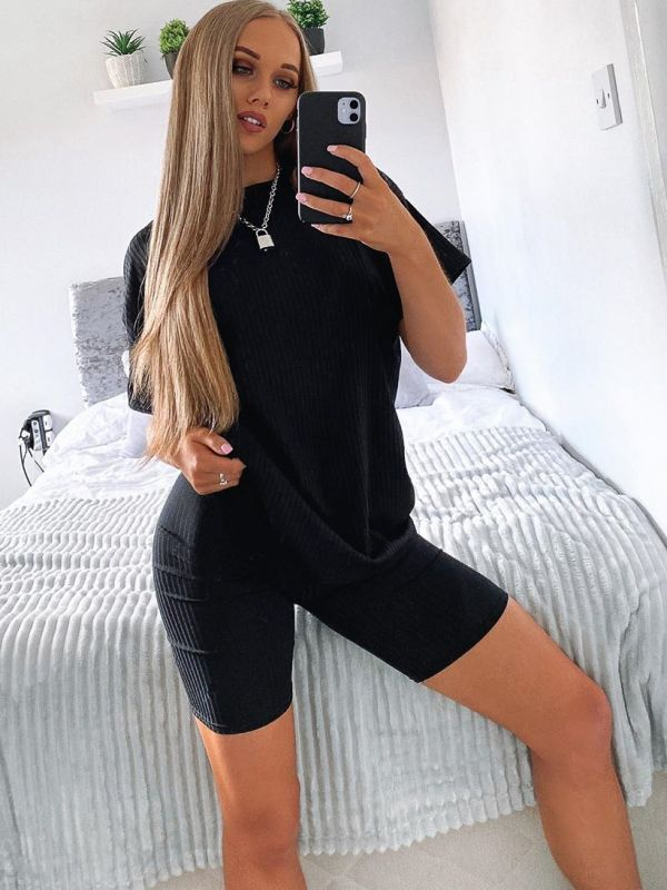 Millie Ribbed Oversized T-Shirt & Shorts Co-ord In Black