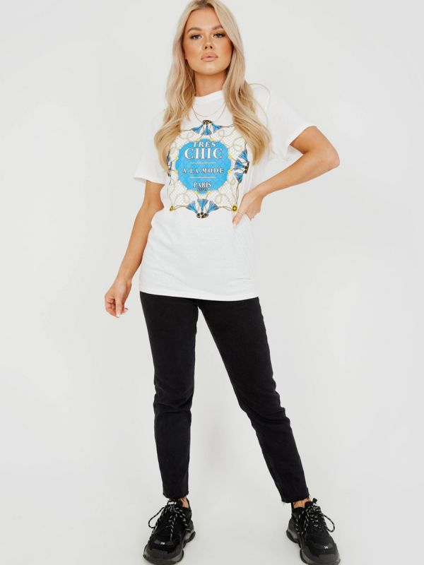 Ritta Tres Chic Graphic Printed T-Shirt In White