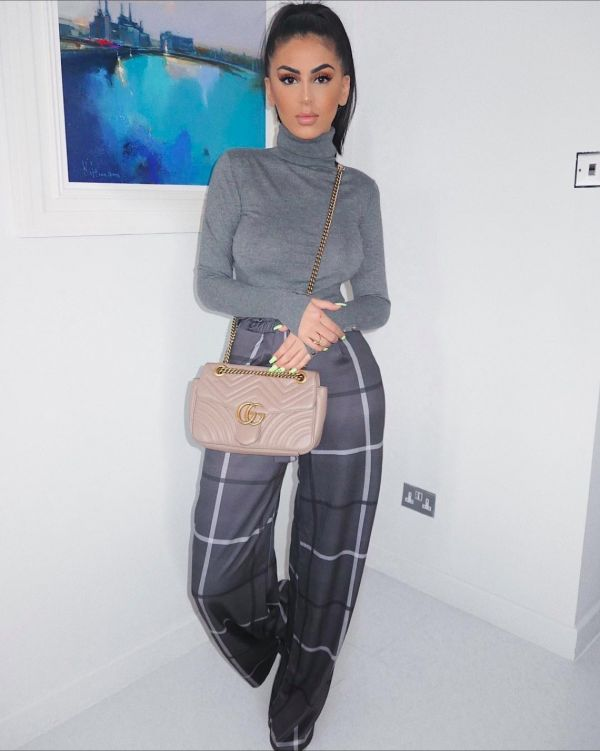 **Blogger Picks** Oliviera Wide Leg Check Trousers In Charcoal