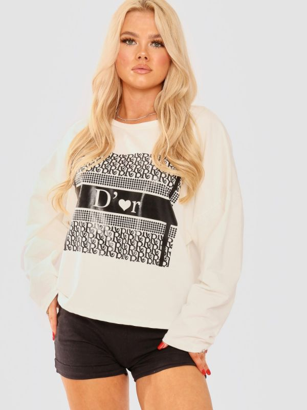 Kaitlin Tie Knot Back D'or Graphic Oversized Top In Cream
