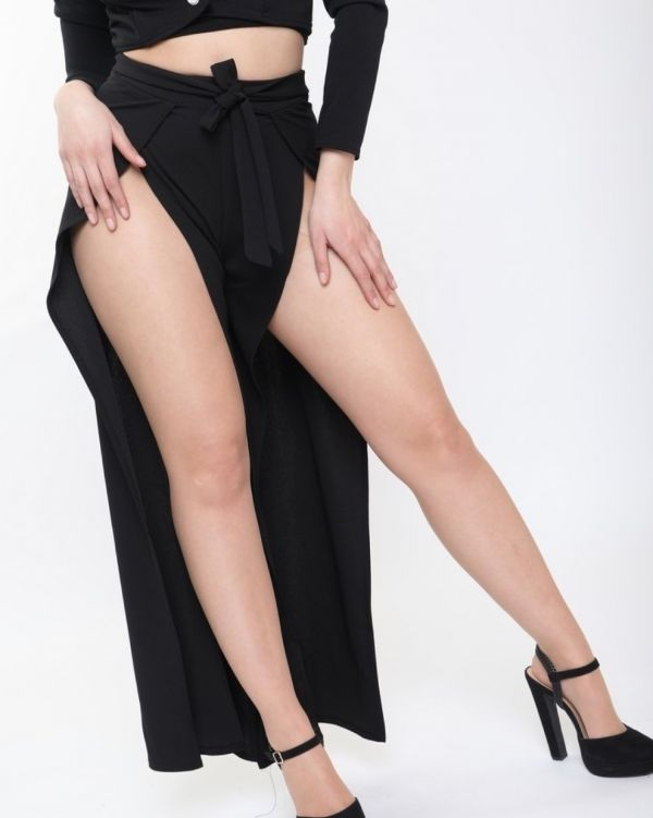 Riley Split Front Trousers In Black