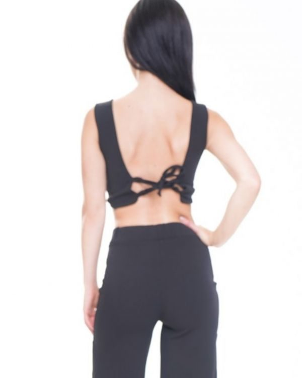 Leia Lace Up Fasten Bow Front Crop Top In Black