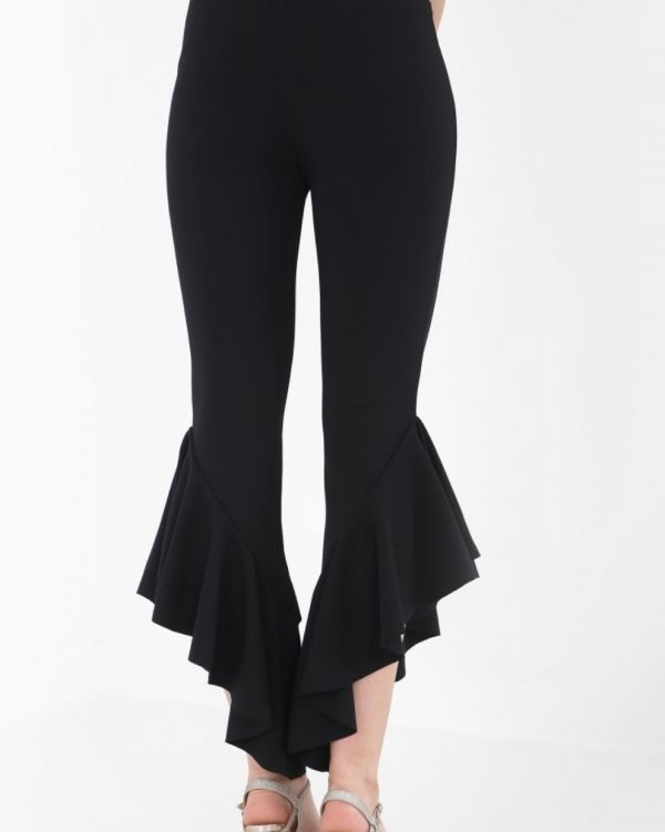 Tianna Flared Crop Trouser In Black