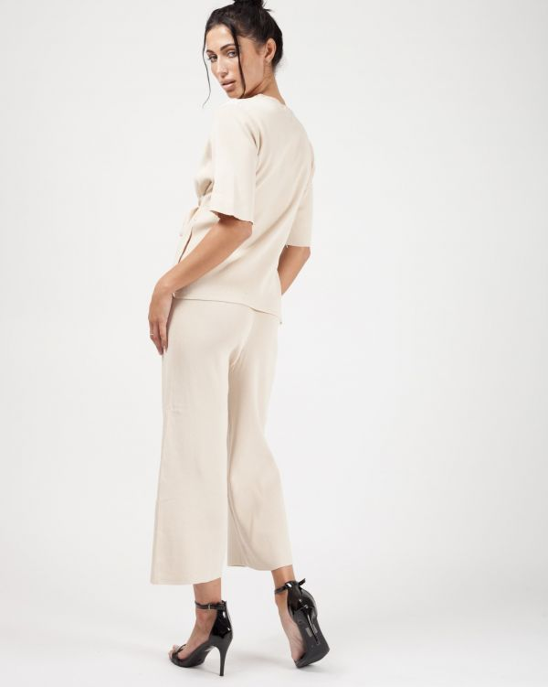Luella Tie Detail Top & Cropped Pants Loungewear Set In Stone