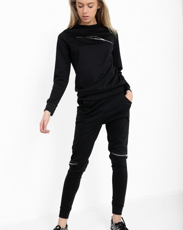 Juliet Zipped Loungewear In Black