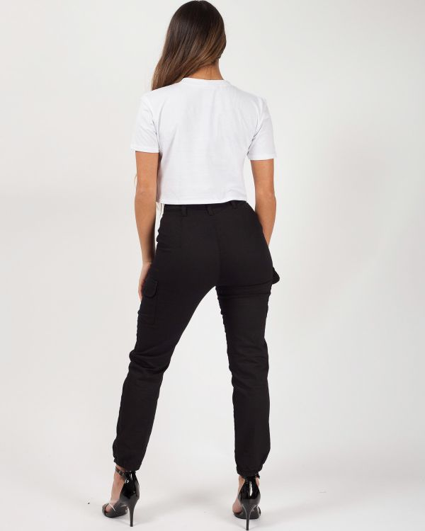Carlia Cuffed Hem Cargo Trousers In Black