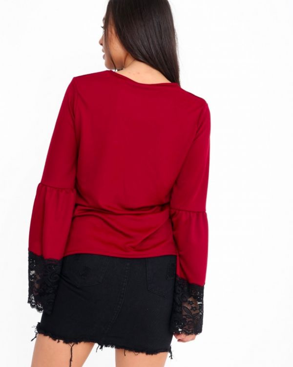 Paulette Lace Trim Top In Wine