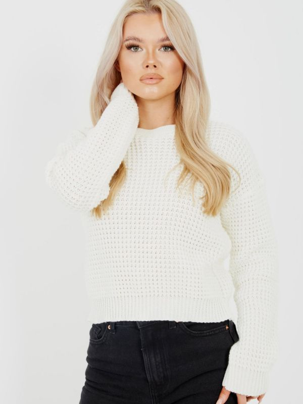 Cliona Fisherman Knitted Cropped Jumper In Cream
