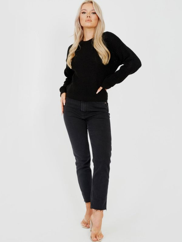 Cliona Fisherman Knitted Cropped Jumper In Black