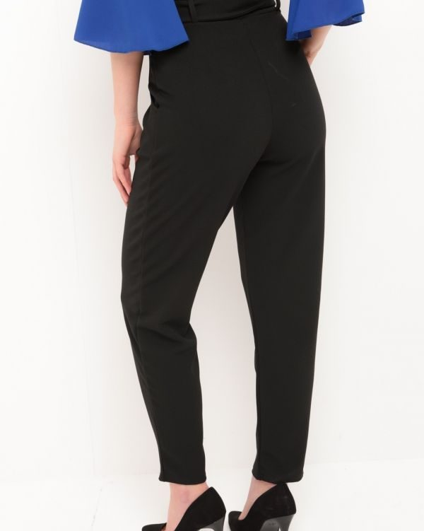 Aubree Buckle Belt Trousers In Black