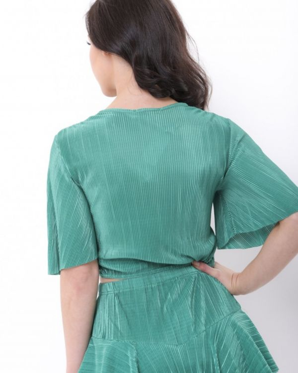 Arya Pleated Twist Front Top In Green
