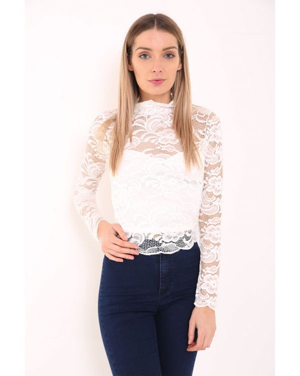 Paris Floral Lace Scalloped Hem Lined Top In Cream