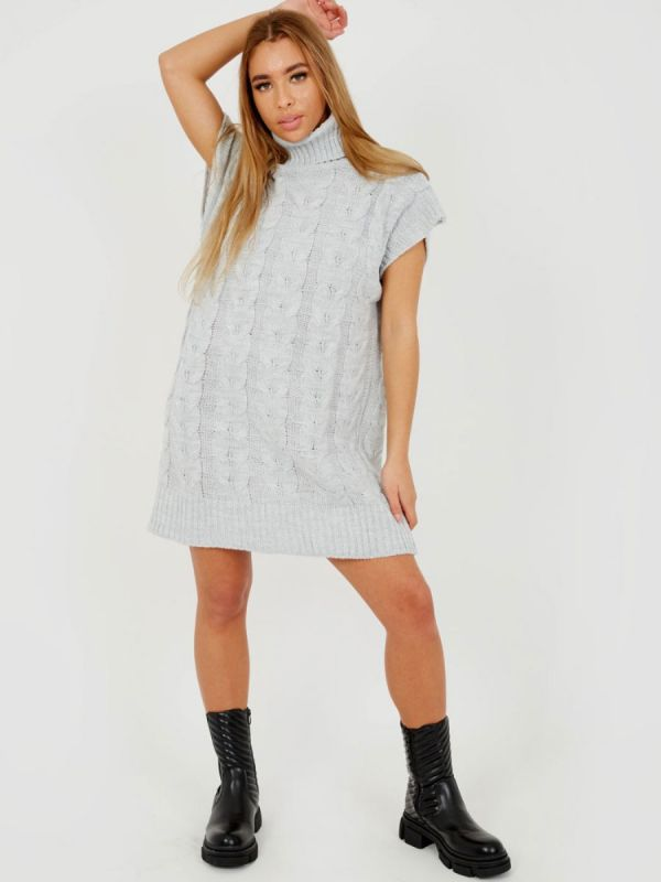 Annya Oversized Roll Neck Cable Knit Dress In Grey