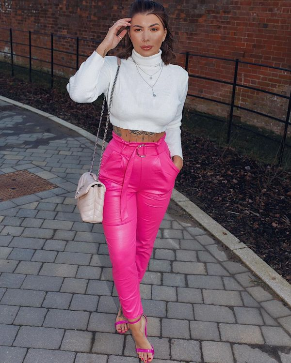 Fleur Wet Look Belted Tapered Trousers In Fuchsia