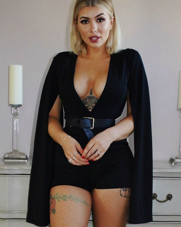 ** Olivia Buckland ** Cora Split Sleeve Romper In Black